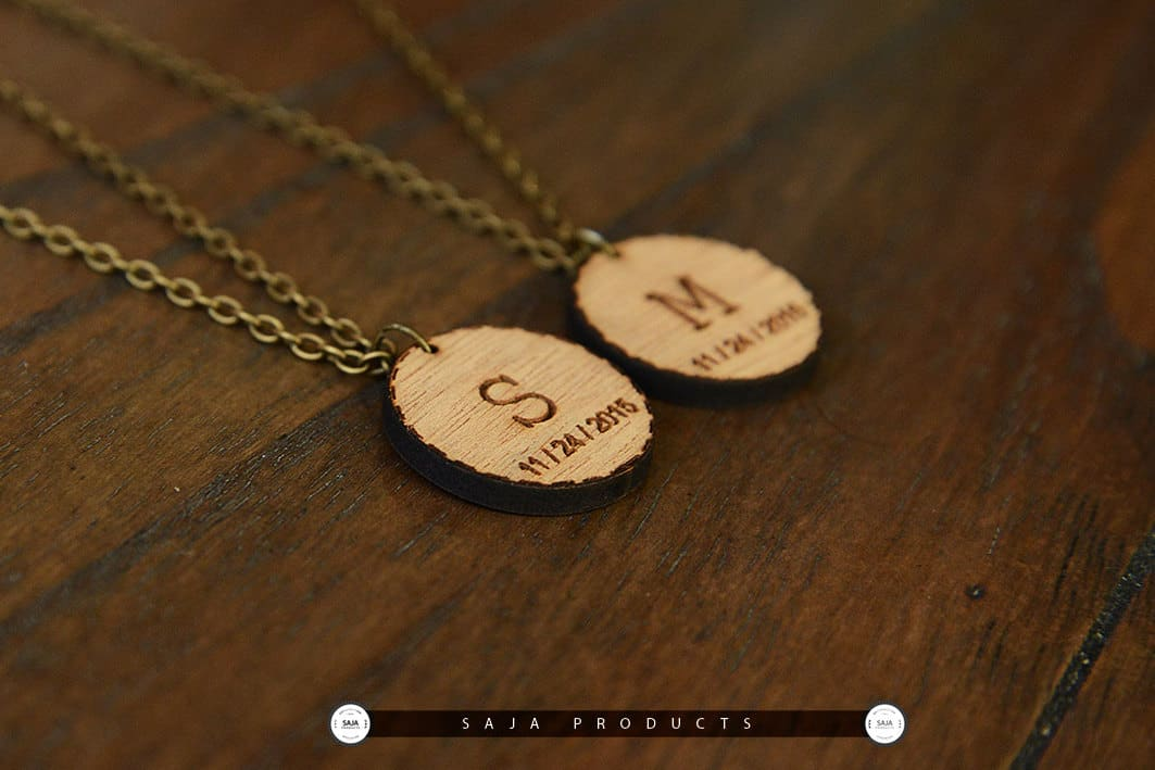 date necklace and saja products wooden of product set initial